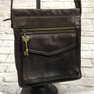 Fossil Leather crossbody bag. Brown.